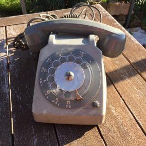 location téléphone vintage